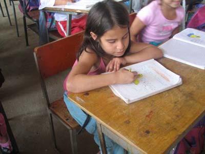 Astrid Carolina in der Schule