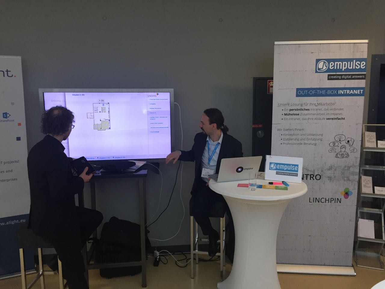 empulse stand with a touch screen and customer demonstration